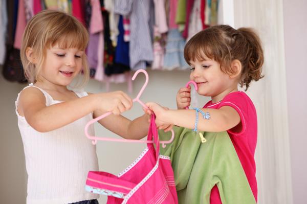 تعویض لباس کودک